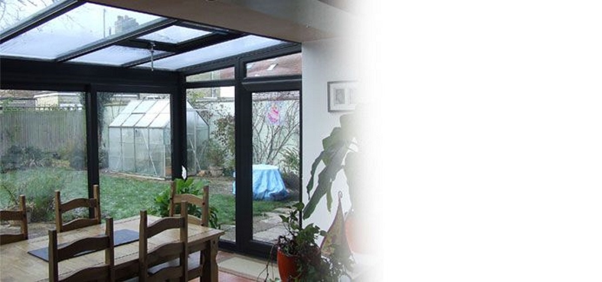 black-lean-to-conservatory-easst-sussex