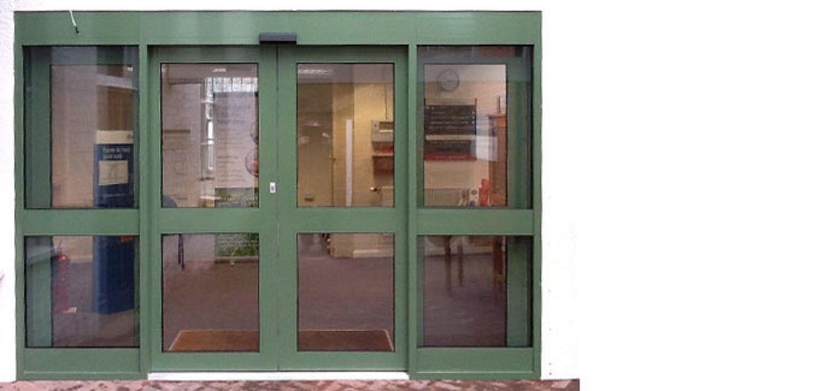 commercial-aluminium-doors-eastbourne