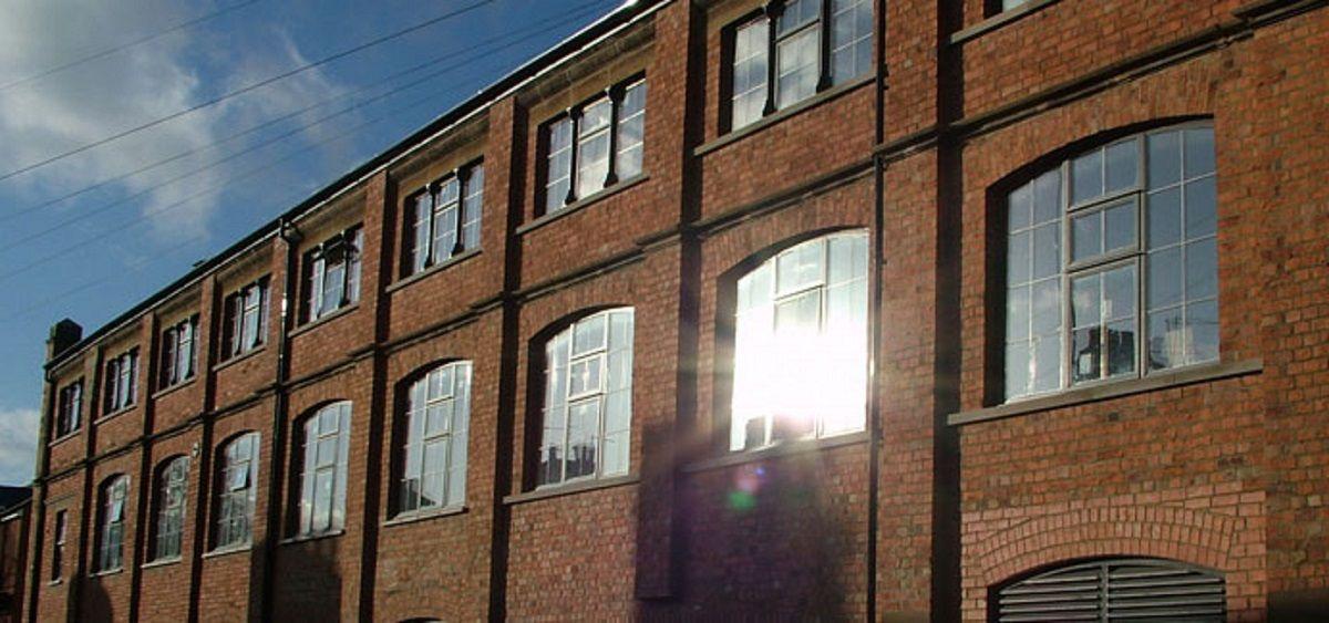 eastbourne-aluminium-casement-windows