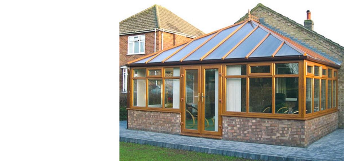 homecare-golden-oak-edwardian-conservatory