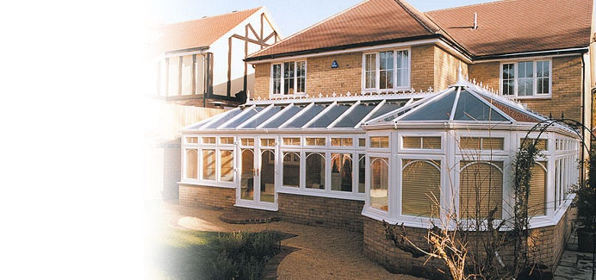 p-shaped-conservatory-sussex