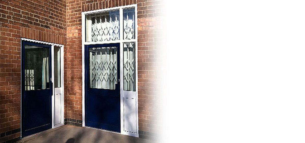 security-commercial-aluminium-doors-sussex