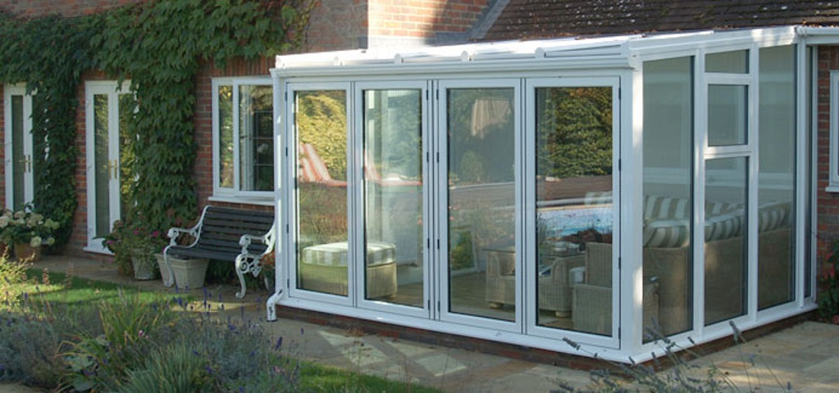 white-aluminium-bi-folding-doors-eastbourne