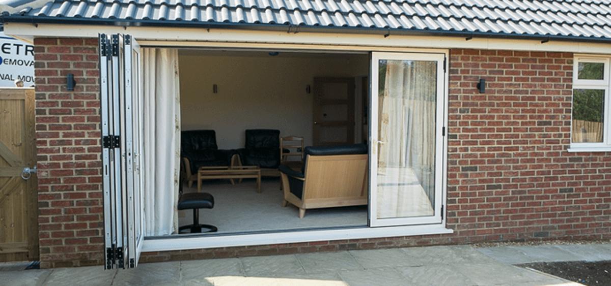 white-bifold-door-eastbourne