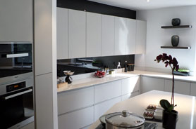 glass splashbacks kitchen 1